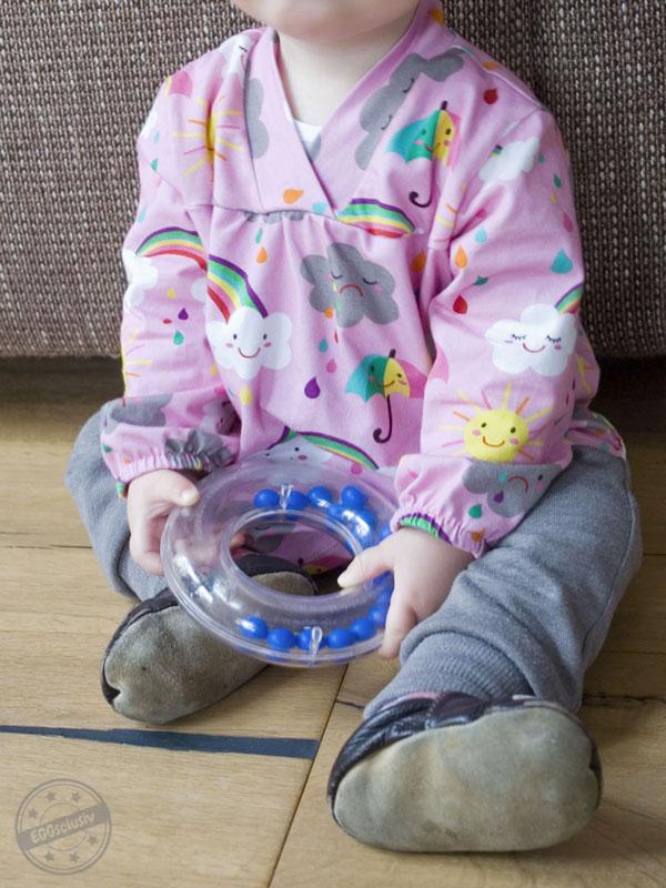 EGGsclusiv: Mädchen-Tunika Bunny's Balloon aus der ottobre 6/2017 nähen mit cooler Hose aus dem Buch Nähen mit Jersey - Babyleicht von Klimperklein.