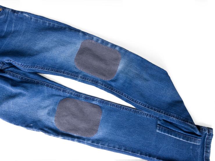 EGGsclusiv: Tutorial Hose flicken mit Cordura Kniepatch, Jeanshose flicken