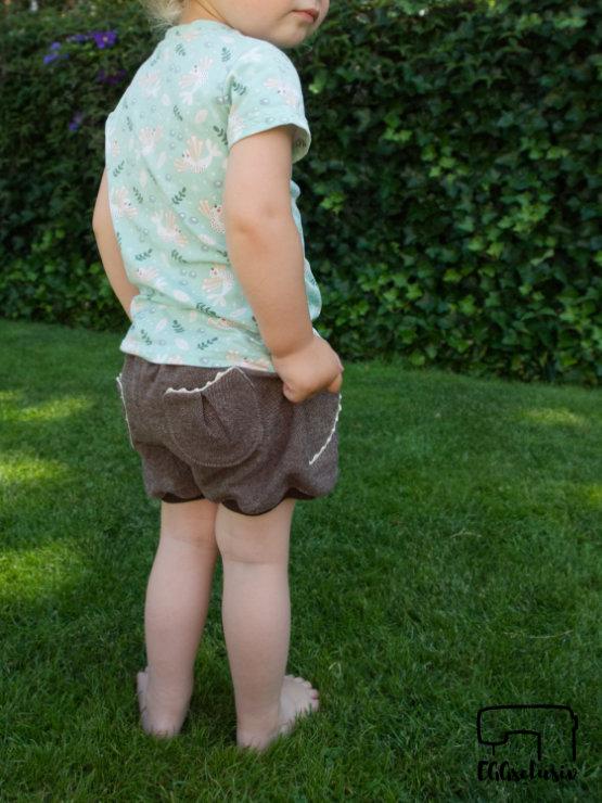 EGGsclusiv: Set aus kurzer Hose Shorty Knirps - Ankerknirps und Freebook Immergrün - Firlefanz nähen aus Stoffresten und Upcycling