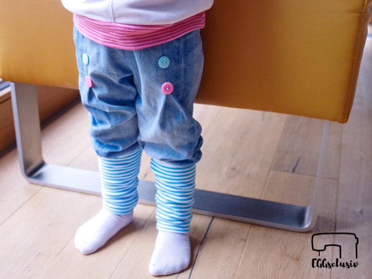 """EGGsclusiv: Knickerbocker nähen """"Karlchen Knopf - Konfetti Patterns"""" als Upcycling aus Jeans und Hosenstoff"""