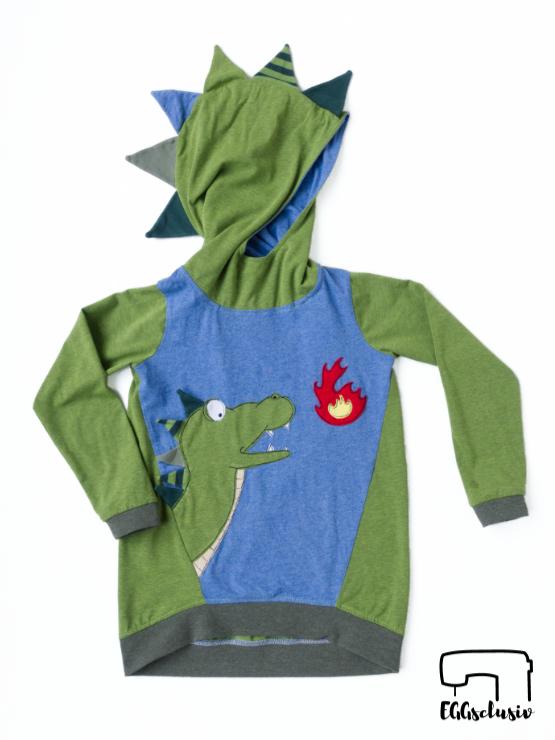 Geburtstagsshirt nähen für Kinder. Pull*ee von NipNaps mit Applikation Drache, Freebie