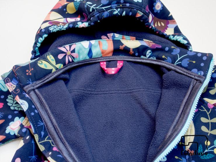 EGGsclusiv: Schnabelina Softshelljacke nach dem Freebook nähen als Frühlingsjacke für ein Mädchen nähen, Detail Innenseite