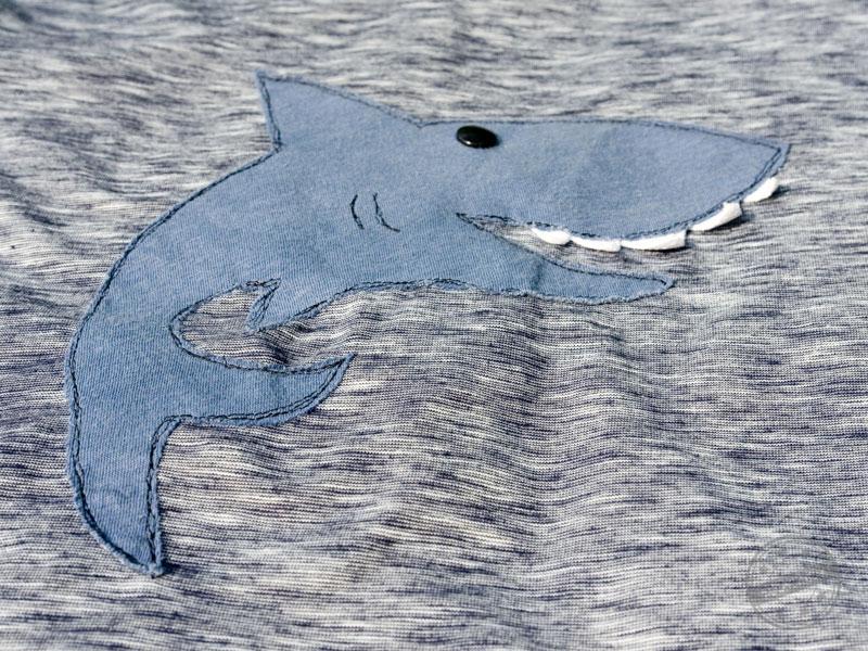 EGGsclusiv: einfaches Shirt - Klimperklein nähen, Applikation Hai - Aefflyns to Go