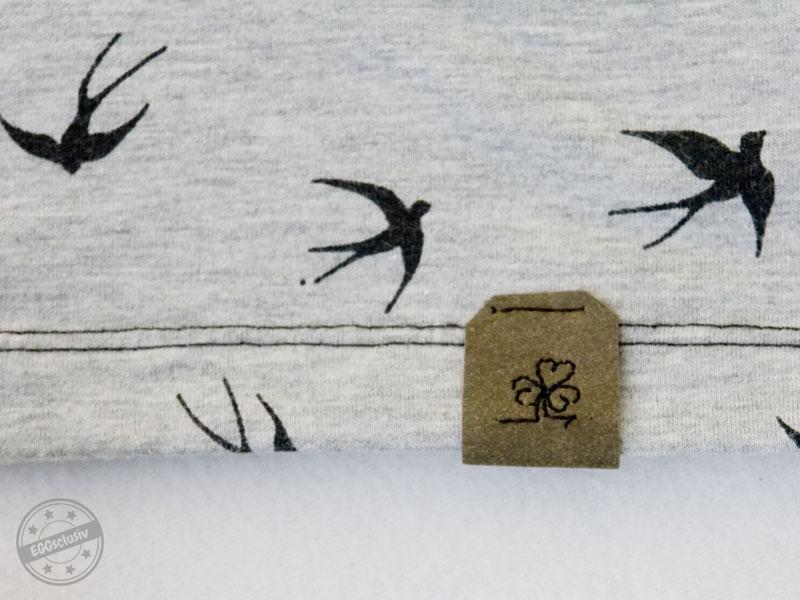 EGGsclusiv: Damenshirt nähen, Freebook Zeitlos - Nähkind mit Schwalben